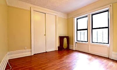 Bedroom, 520 W 184th St, 1