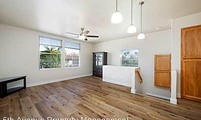 Living Room, 1007 Turnstone Rd, 1