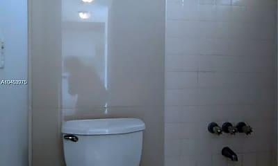 Bathroom, 6150 NW 62nd St, 2