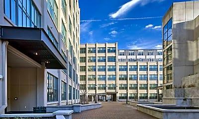 Building, 33 Ashland Ave 519, 0