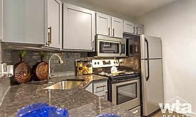 Kitchen, 2317 S Pleasant Valley Rd, 1