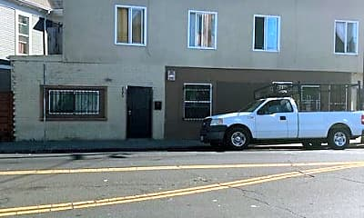 Building, 2509 Foothill Blvd, 2