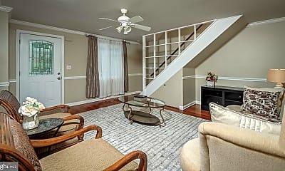Living Room, 10626 Ashby Pl, 2