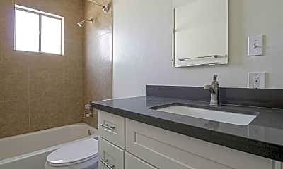 Bathroom, Montage, 2