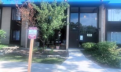 Community Signage, 6175 Knoll Wood Rd 203, 1