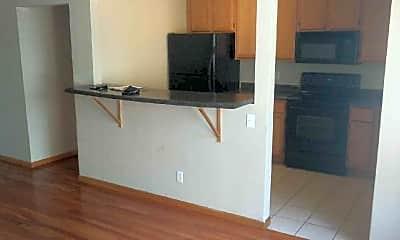 Kitchen, 966 S Robert St, 1
