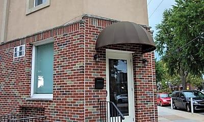 Building, 2910 S 18th St C, 0