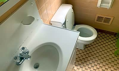 Bathroom, 1615 Hunter Hill Rd, 2
