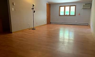 Living Room, 17506 Nottingham Rd, 2