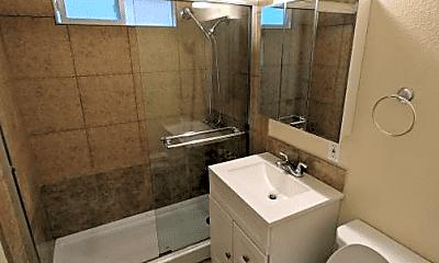 Bathroom, 1929 Pawnee Way, 0