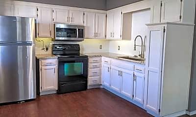 Kitchen, 509 Ford St, 1