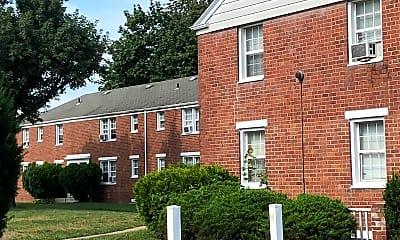 Red Oak Manor, 2