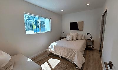 Bedroom, 1570 Yosemite Dr, 2