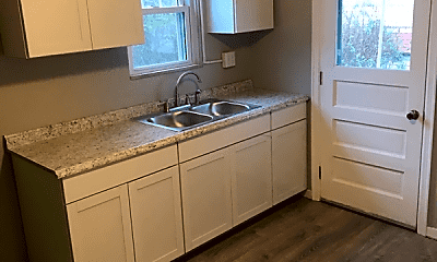 Kitchen, 1016 Lindberg Ave, 1