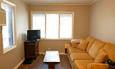 Bedroom, 906 Laurel St, 1