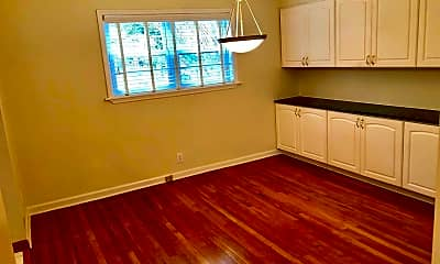 Kitchen, 3660 Peachtree Rd NE C3, 1