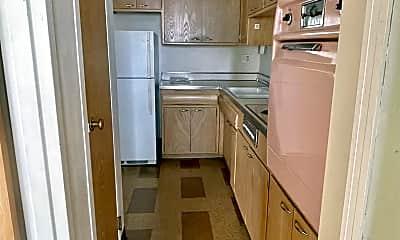 Kitchen, 6520 Windsor Ave, 1