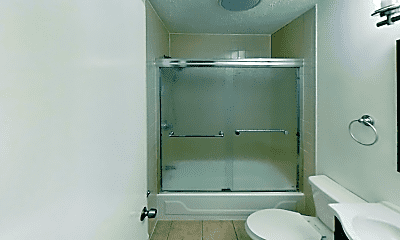 Bathroom, 15 Trenton St, 2