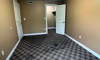 Bedroom, 129 N McReynolds Ct, 2