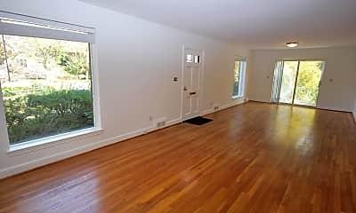 Living Room, 5404 Wilson Ln, 2