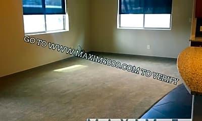 Living Room, 2535 Knollwood Drive #3101, 1