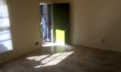 Living Room, 4131 1/2 Somerset Dr, 2