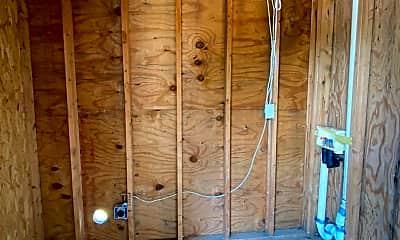 Patio / Deck, 614 Wessinger St, 2