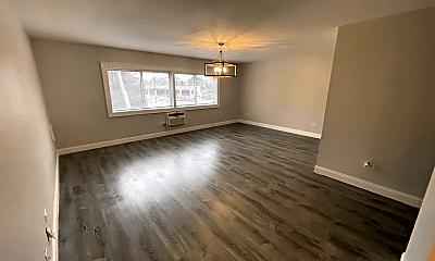 Living Room, 519 S Milwaukee Ave, 0