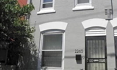 Building, 2260 N. 15th St, 1