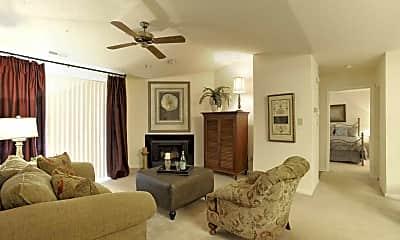 Living Room, Cumberland Cove Apartments, 1