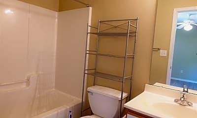Bathroom, 67 Hayfield Ln, 2