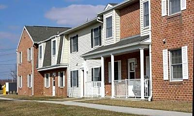 Greene Meadow Apartments, 1