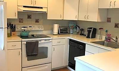 Kitchen, 8 Vinton St 2, 1