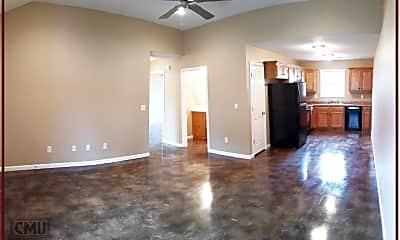 Living Room, 2204 Hurst Ln, 0