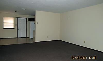 Living Room, 7914 NW Crossland Cir, 1