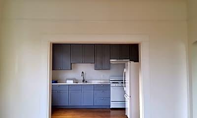 Kitchen, 62 Douglass St, 1