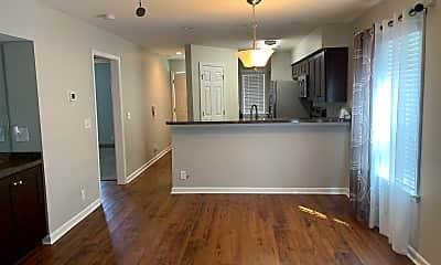 Kitchen, 653 Tupelo Ln, 2