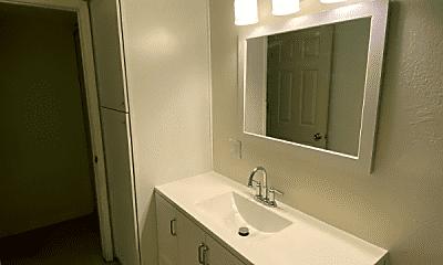 Bathroom, 918 N Hayden Rd, 1