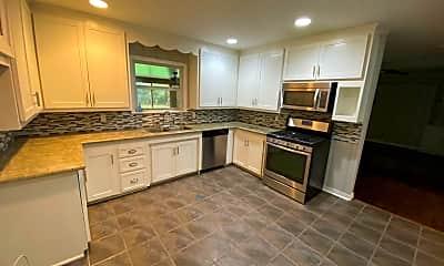 Kitchen, 103 S Arlington Dr, 1