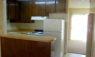 Kitchen, Creekside Apartments, 1