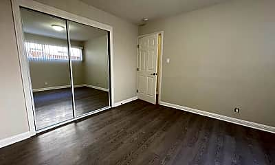 Bedroom, 1214 Bell St, 2