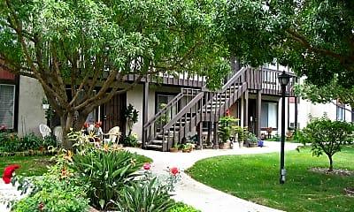 La Casa Balboa Apartments, 2