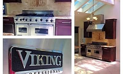 Kitchen, 11331 Isleta St, 2