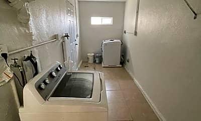 Kitchen, 41 E 6th St, 2