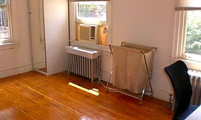 Kitchen, 4052 Chestnut St, 2