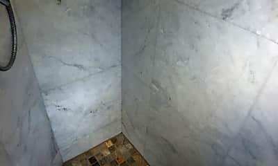 Bathroom, 2529 Pali Hwy, 2