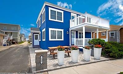 Building, 122 Ocean Ave 2, 0