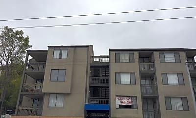 Sakura Crossing Apartments, 0
