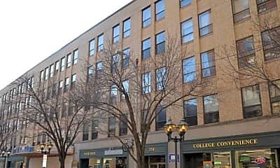 254 College Street Apartments, 1