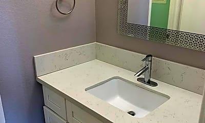 Bathroom, 1746 S Sunflower Ave, 2